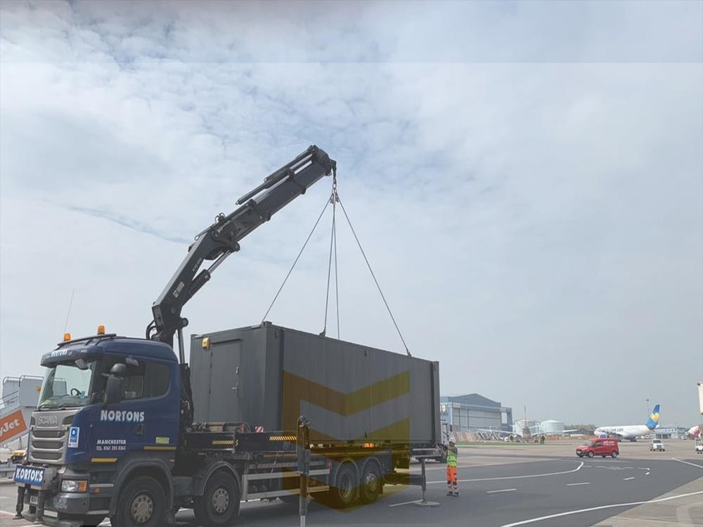 Hiab container transportation